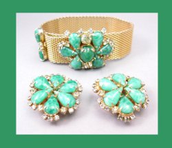 Hobe Green Cabochon and Rhinestone Mesh Bracelet with Earrings