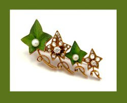 Victorian 14k Gold and Diamond Enamel Ivy Brooch Front