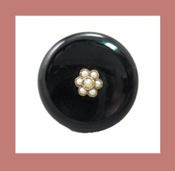 Victorian 14k Gold, Onyx and Seed Pearl Ring Front