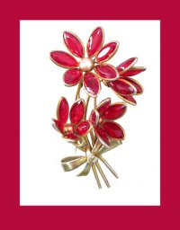 Red Glass Flower Fur Clip Front