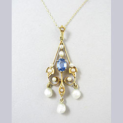 Lovely 14k Gold Sapphire and Pearl Lavaliere