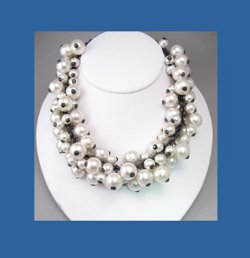 Andrew Spingarn Glass Pearl Necklace