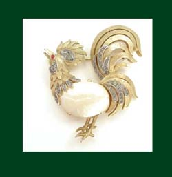 Trifari Shell Belly Rooster Pin Front