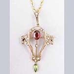 Victorian Peridot and Garnet 9 ct Gold Pendant/Pin